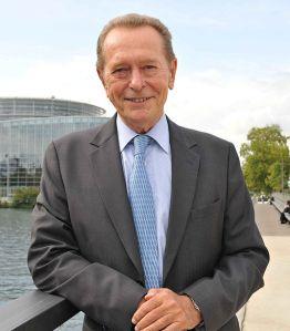 Dominique_Baudis_devant_le_Parlement_européen
